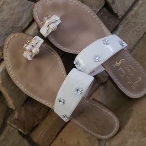 Miss Capri Bumble Bee Toe Sandals